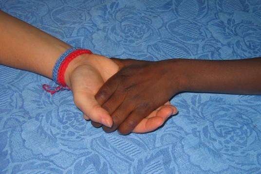 Bracelet pour l'epoir © association humanitaire RencontreAdoption