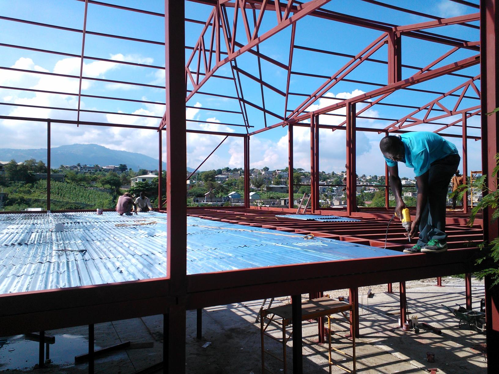 Début des travaux pour la nouvelle école du Village Espoir